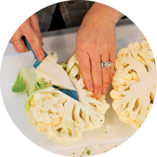 Slicing cauliflower
